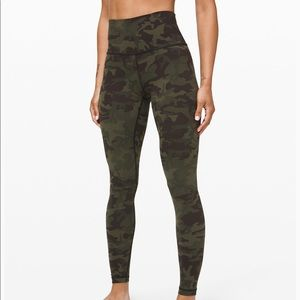 "NWT Lululemon Wunder Under 28"" Camo Gator Green 4"